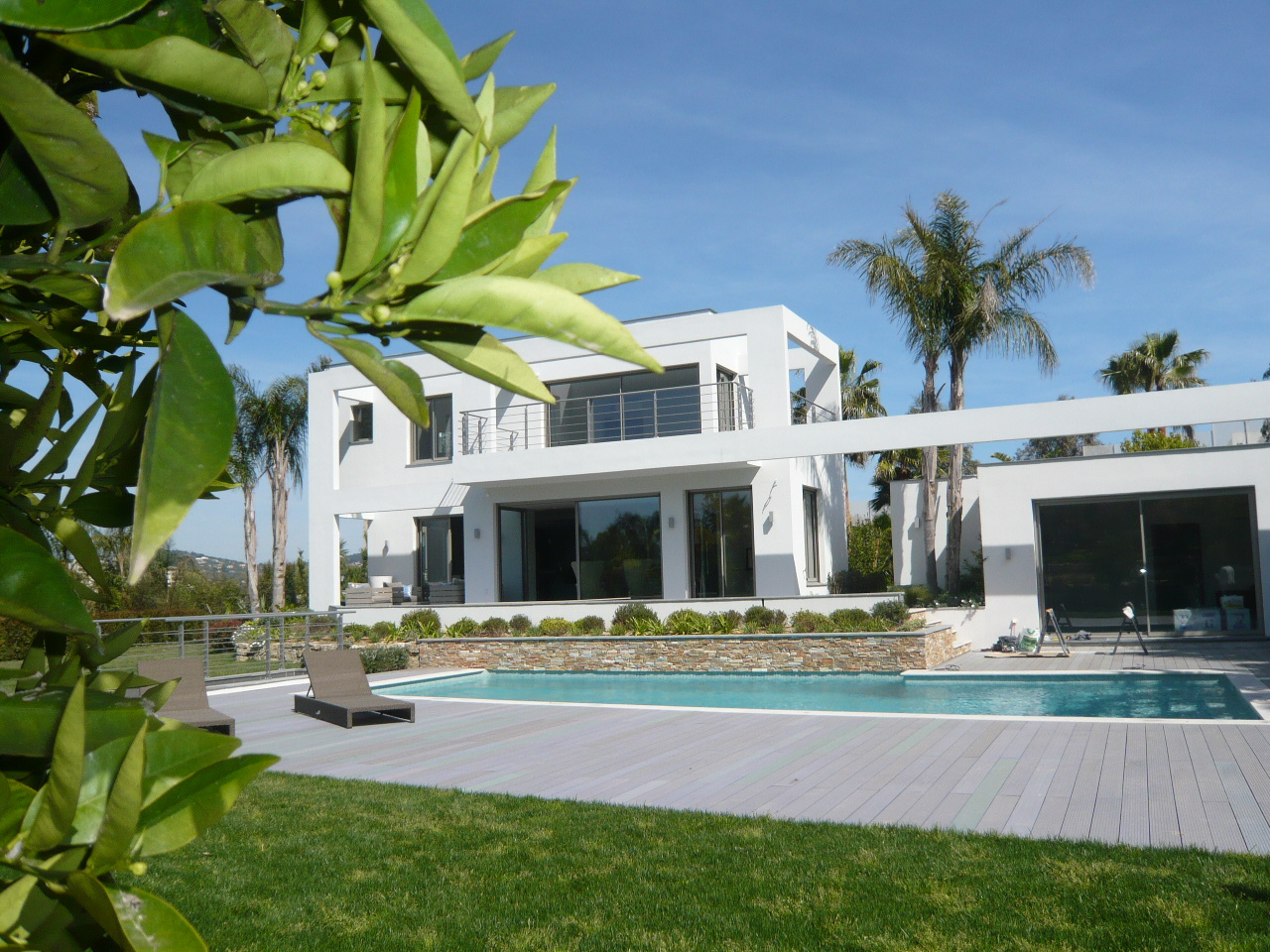 Vente cannes superbe villa californienne neuve for Maison style californienne